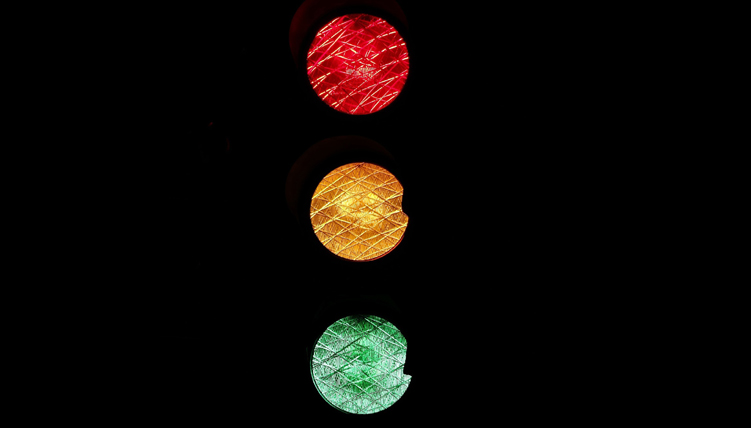 traffic signal; red,yellow, green