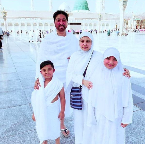 Celebrities performing umrah